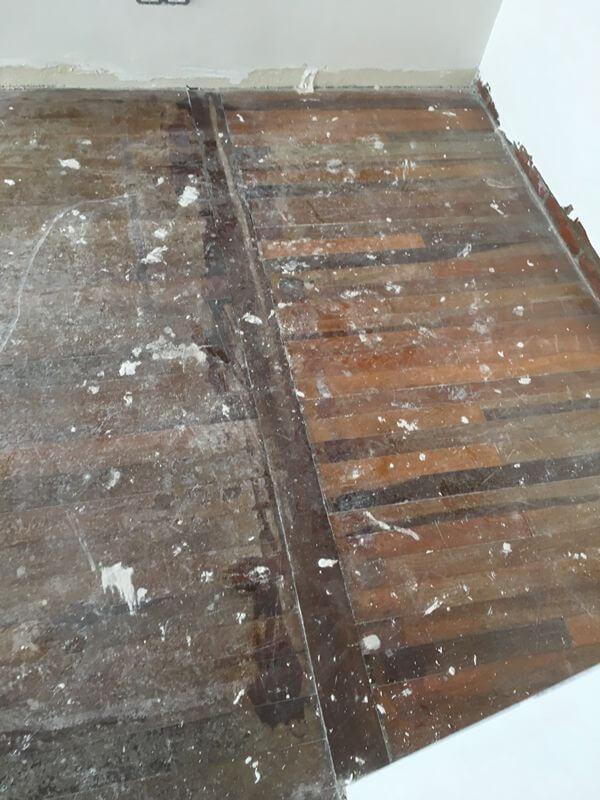 ANTES – Reconstrucción de suelo en piso con moqueta – Miguel Rodriguez